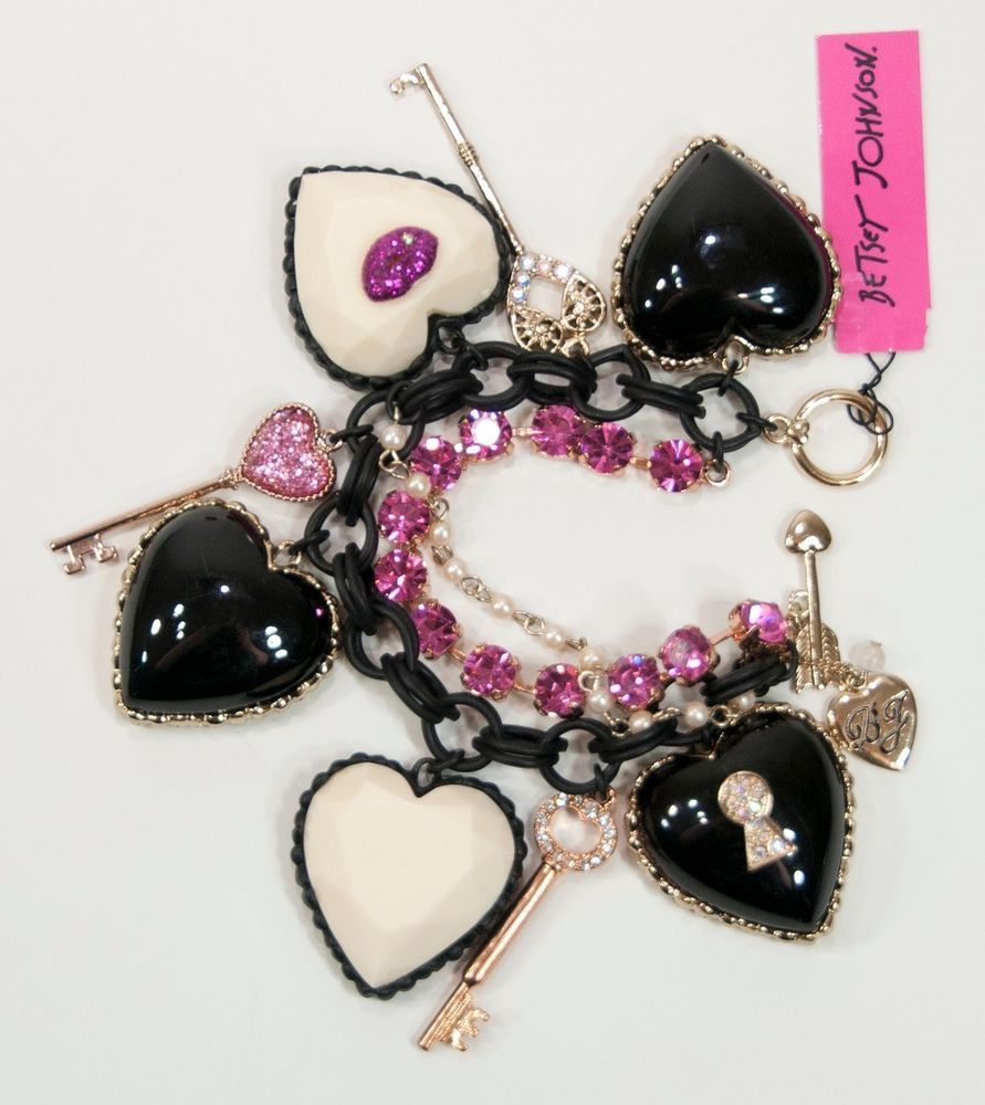 NWT Betsey Johnson Gold Iconic Marilyn Lips Heart Key Toggle Bracelet B05519 #BetseyJohnson #Statement