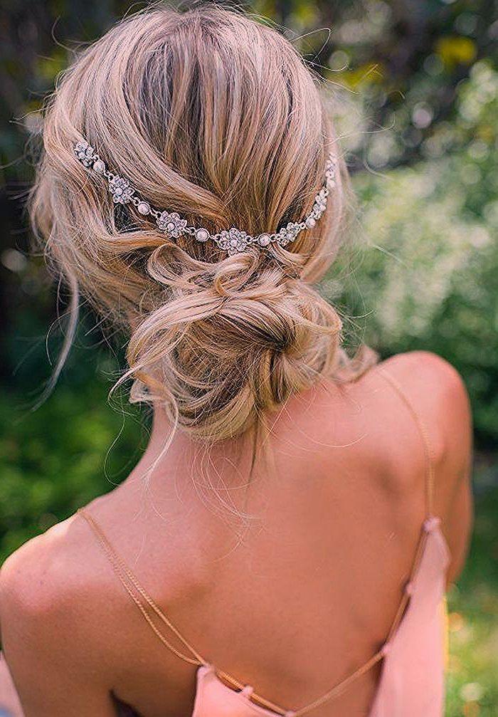 Bohème chic coiffure de princesse, chignon bas bohème pour mariage bohème chi... | Coiffure ...