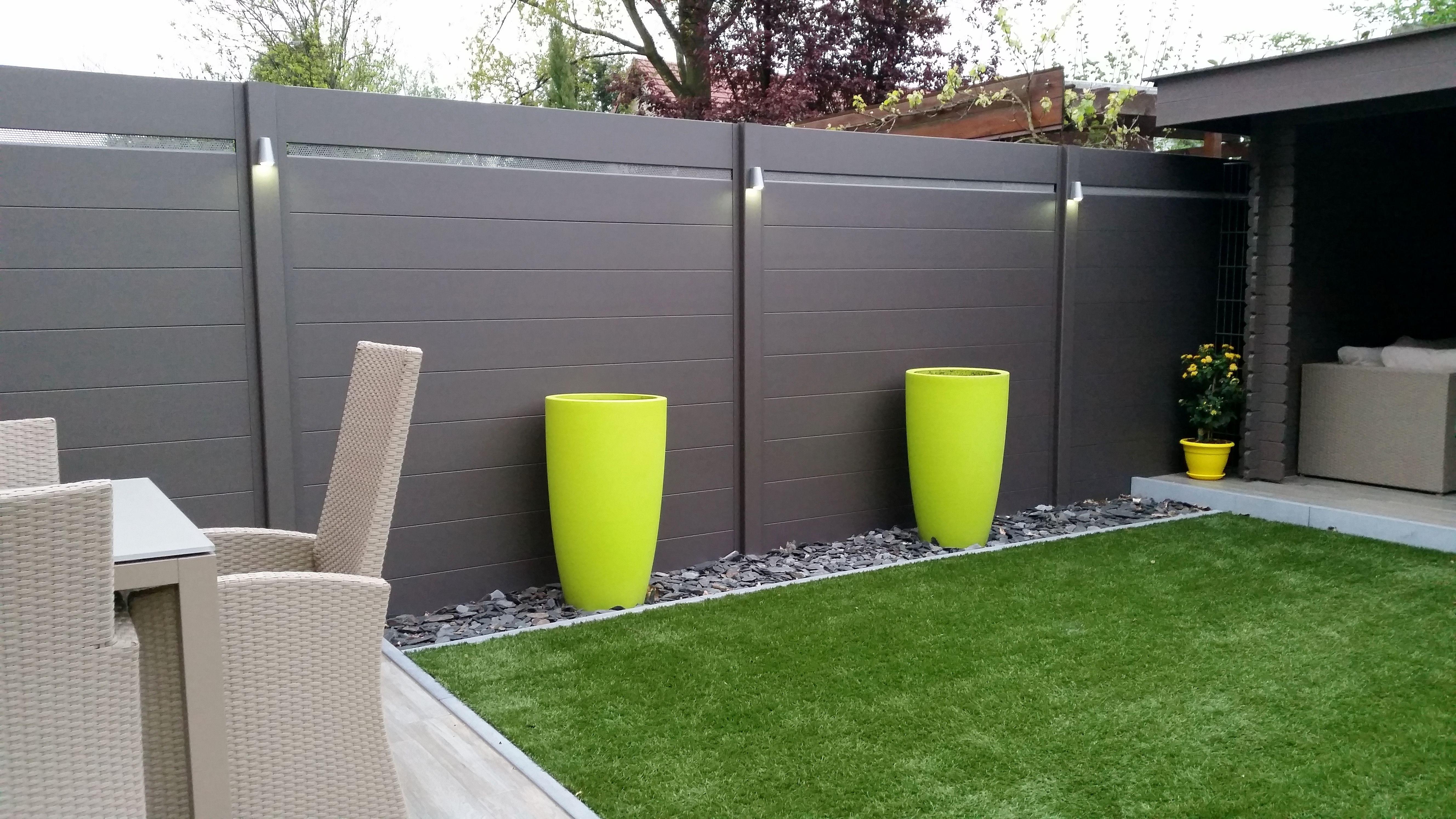 Aluminium omheining planchetten tuinidee pinterest for Moderne afsluiting tuin