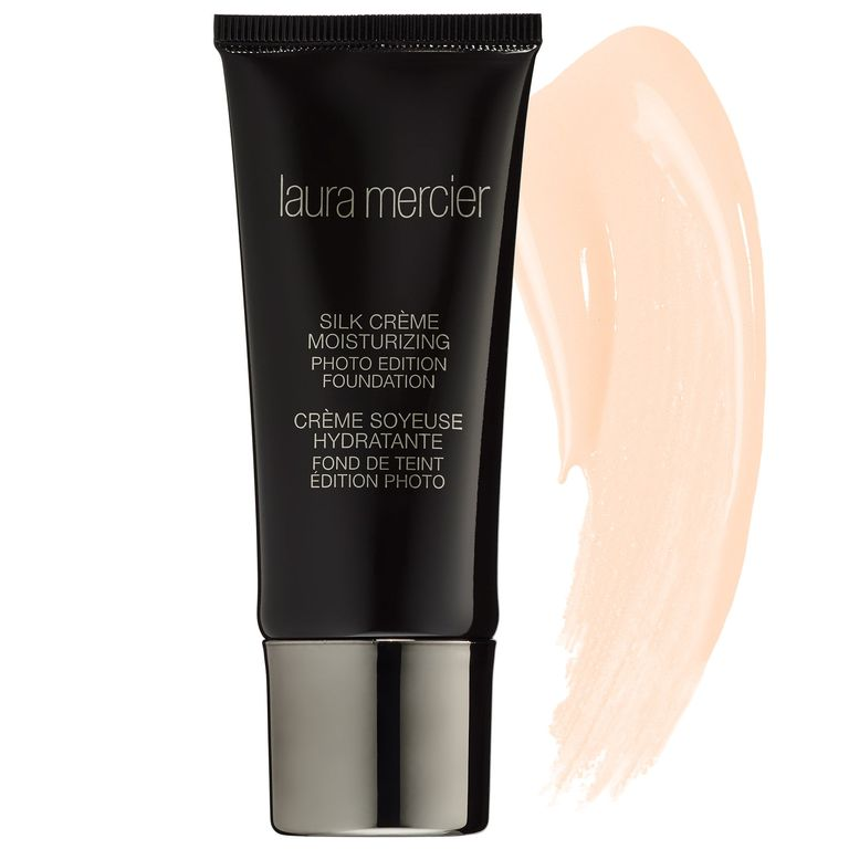 TopRated Foundations That Plump Skin and Minimize Pores