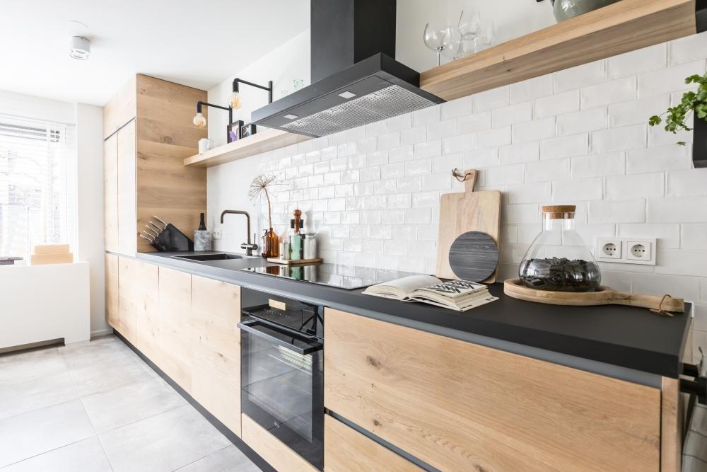 Strakke woonkeuken eindresultaat inspiratie en idee n for Eigen huis en tuin kast maken