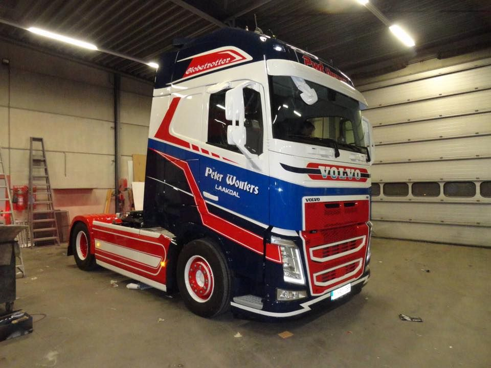 wow new volvo fh for pwt from belgium volvo trucks pinterest. Black Bedroom Furniture Sets. Home Design Ideas