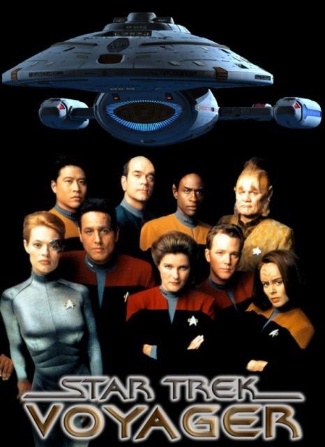 STAR TREK VOYAGER - 1995/2001 - Série de ficção científica, (universo de Star Trek), ambientada  no século XXIV dos anos 2371 até 2378, seguindo as aventuras da nave estelar USS Voyager, que se perde no Quadrante Delta, 70.000 anos-luz da Terra, enquanto perseguiam uma nave Maquis. As tripulações de ambas as naves se unem à bordo da Voyager para fazer a viagem de 75 anos de volta para casa. É a única série de Star Trek a ter um capitão mulher, Kathryn Janeway.