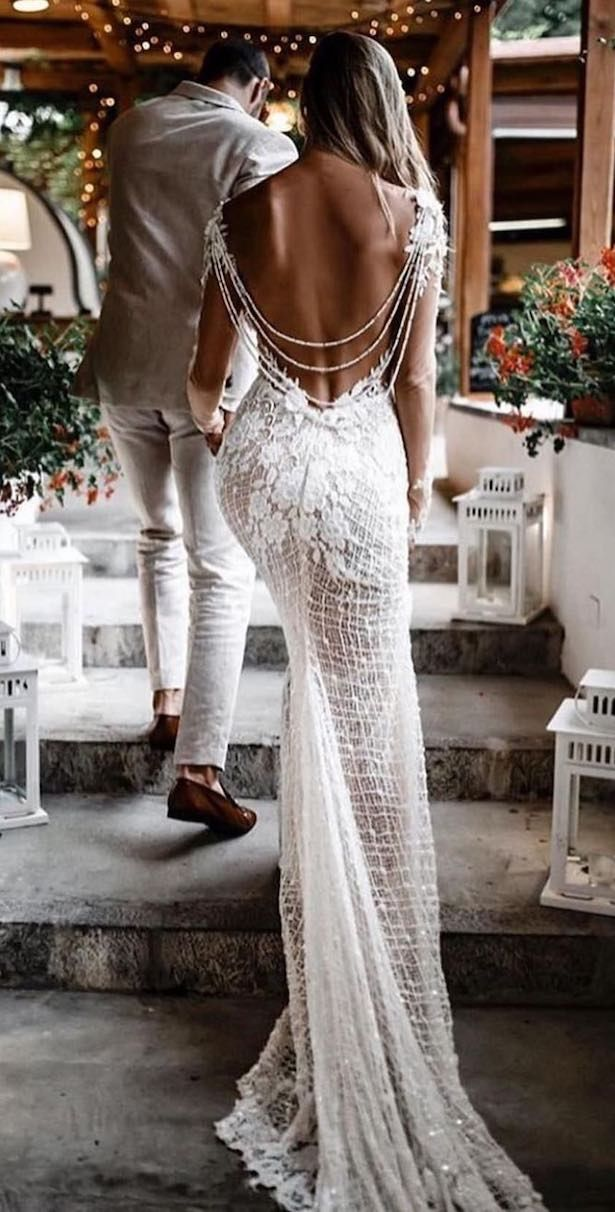 20 Vintage Wedding Dresses with Bohemian Flair – Belle The Magazine – The Fairy Tale Ending? That's Just the Beginning