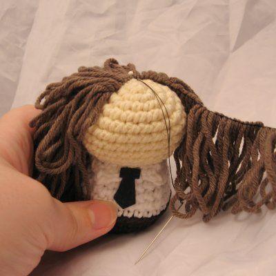 How to Attach Hair to a Crochet Doll | Crochet doll tutorial ... | 400x400