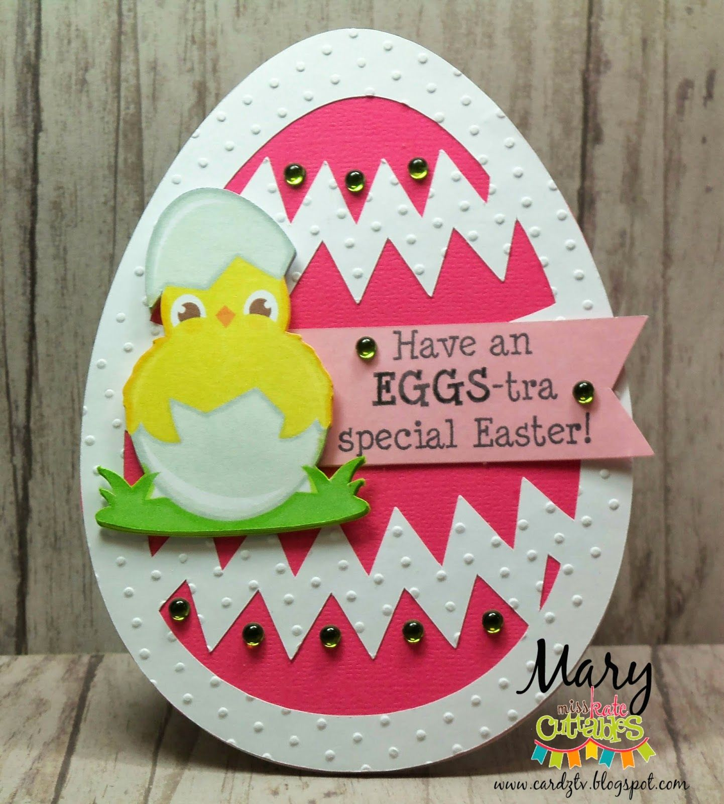 """CARDZ TV: """"HAVE AN EGGS-TRA SPECIAL EASTER!'"""