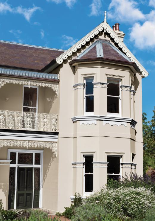 Shaynna Blaze 39 S Tips For Kerb Appeal Exterior Colour Schemes Exterior House Colours