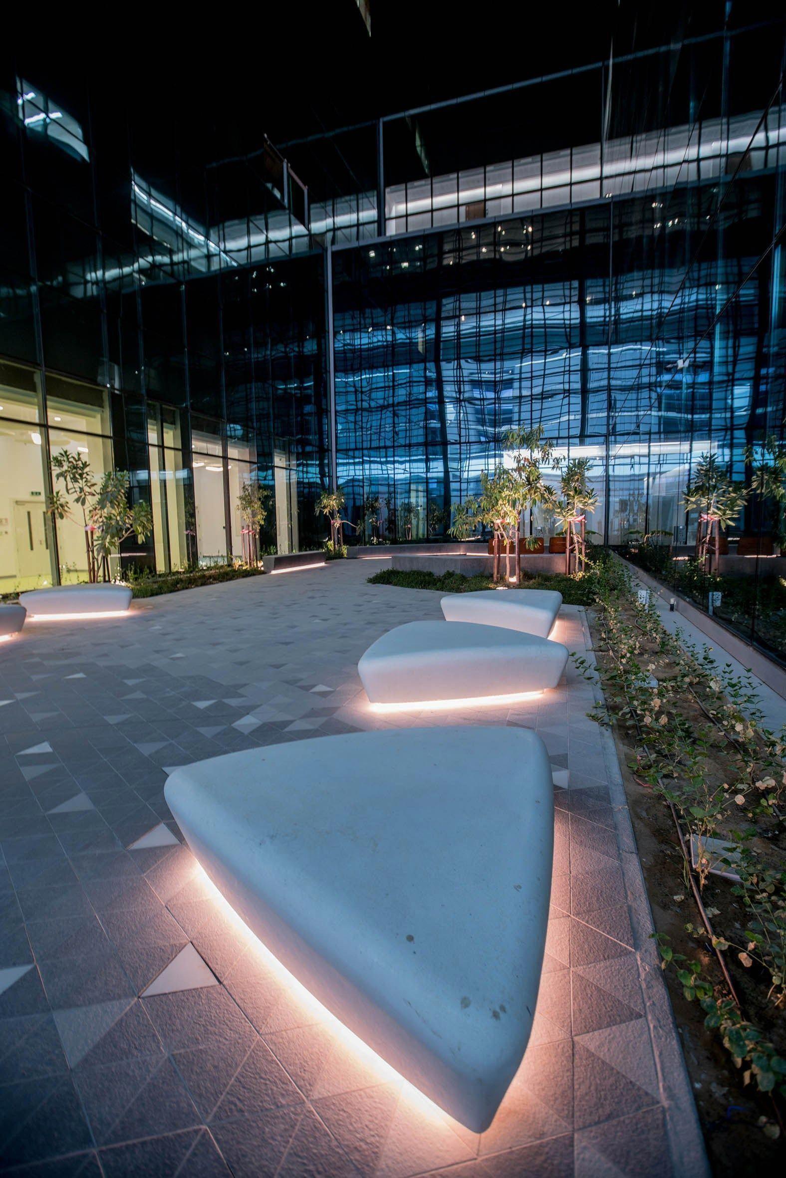 Pin By Fredda Pozar On Health Landscape Lighting Design Solar Landscape Lighting Landscape Lighting