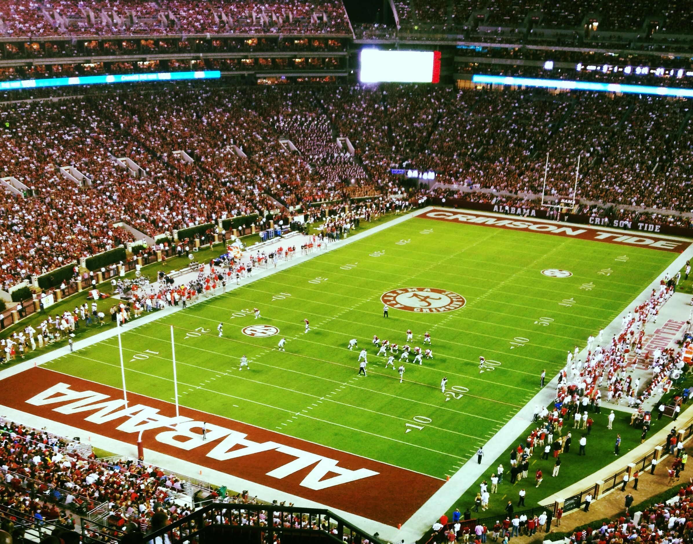 Bryant Denny Stadium Alabama football, Alabama crimson