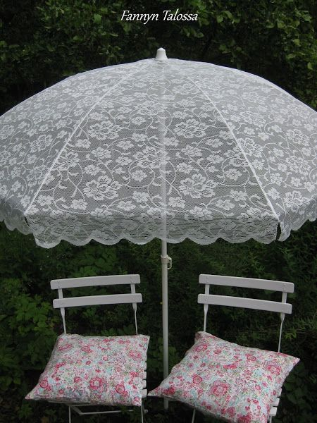 I used the frame from a flee market parasol, took the old fabric off and sewed the new from lace fabric. Lace parasol, lace sunbrella for our twin daughters´ garde party birthday. www.fannyntalossa.blogspot.com