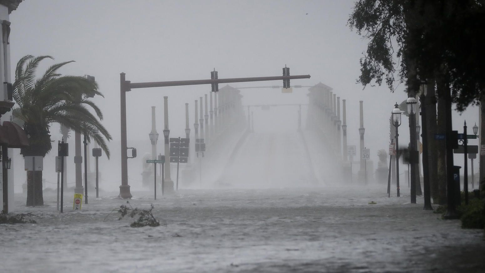Hurricane Matthew Finally Heads Away From Us But Not Before Flooding The Carolinas News 1130 Hurricane Matthew Hurricane The Weather Channel