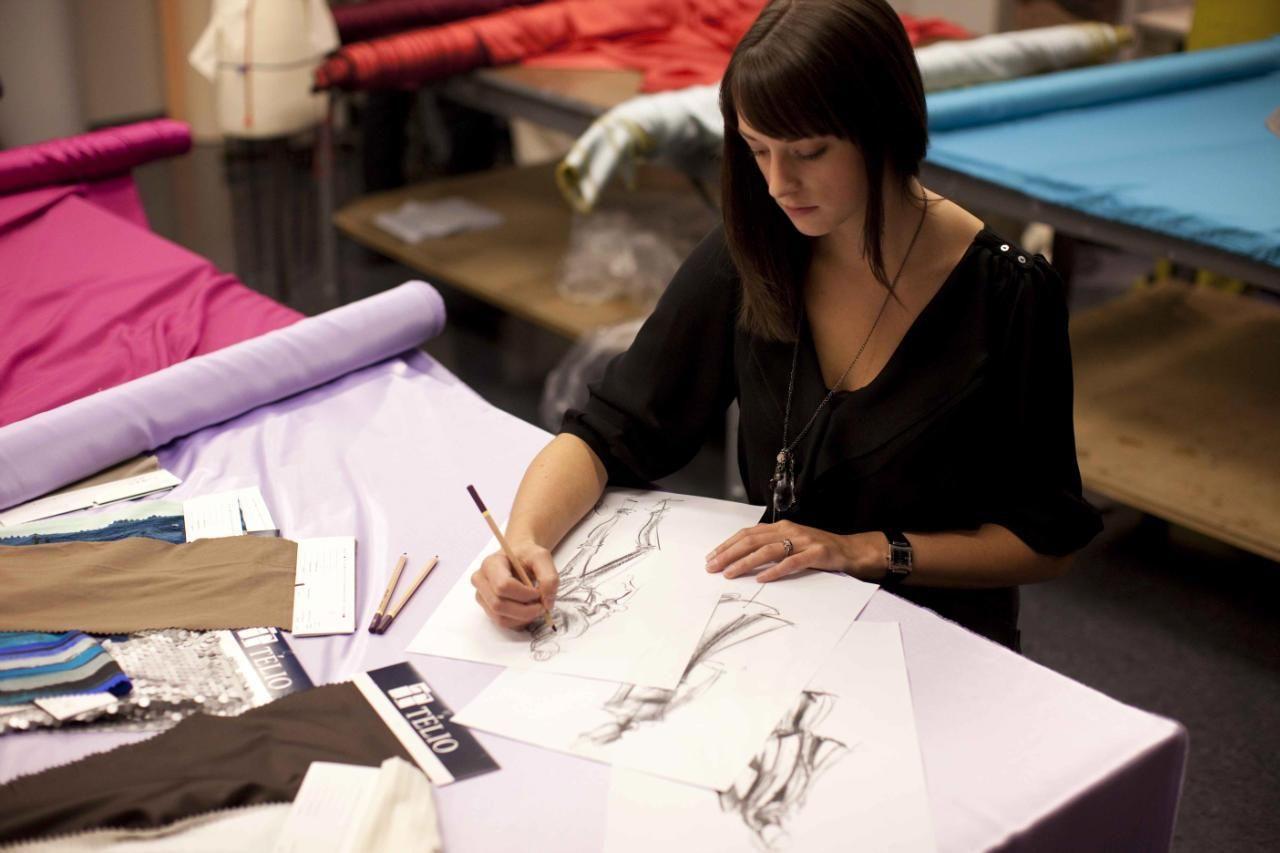 wardrobe assistant sample resume Fashion Designer Resume