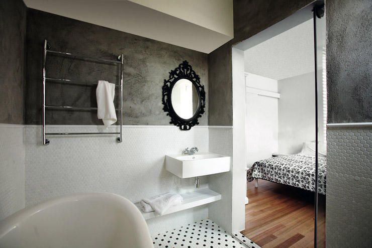 10 creative ways to enhance small spaces with mirrors home rh pinterest com