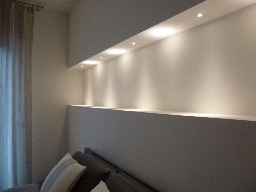 camera+da+letto+con+nicchia+retroletto+particolare+nicchia+con+luci+ ...