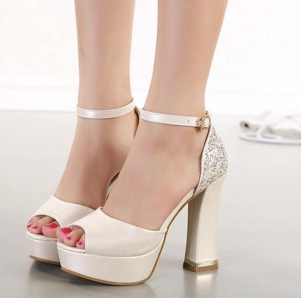 Pin Von Liz Gesundundfit De Auf Hochzeit Wedding Shoes Bridal