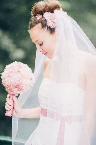 Brautkleid Schulterfrei Empire Linie Pink 2 Wedding Makeup
