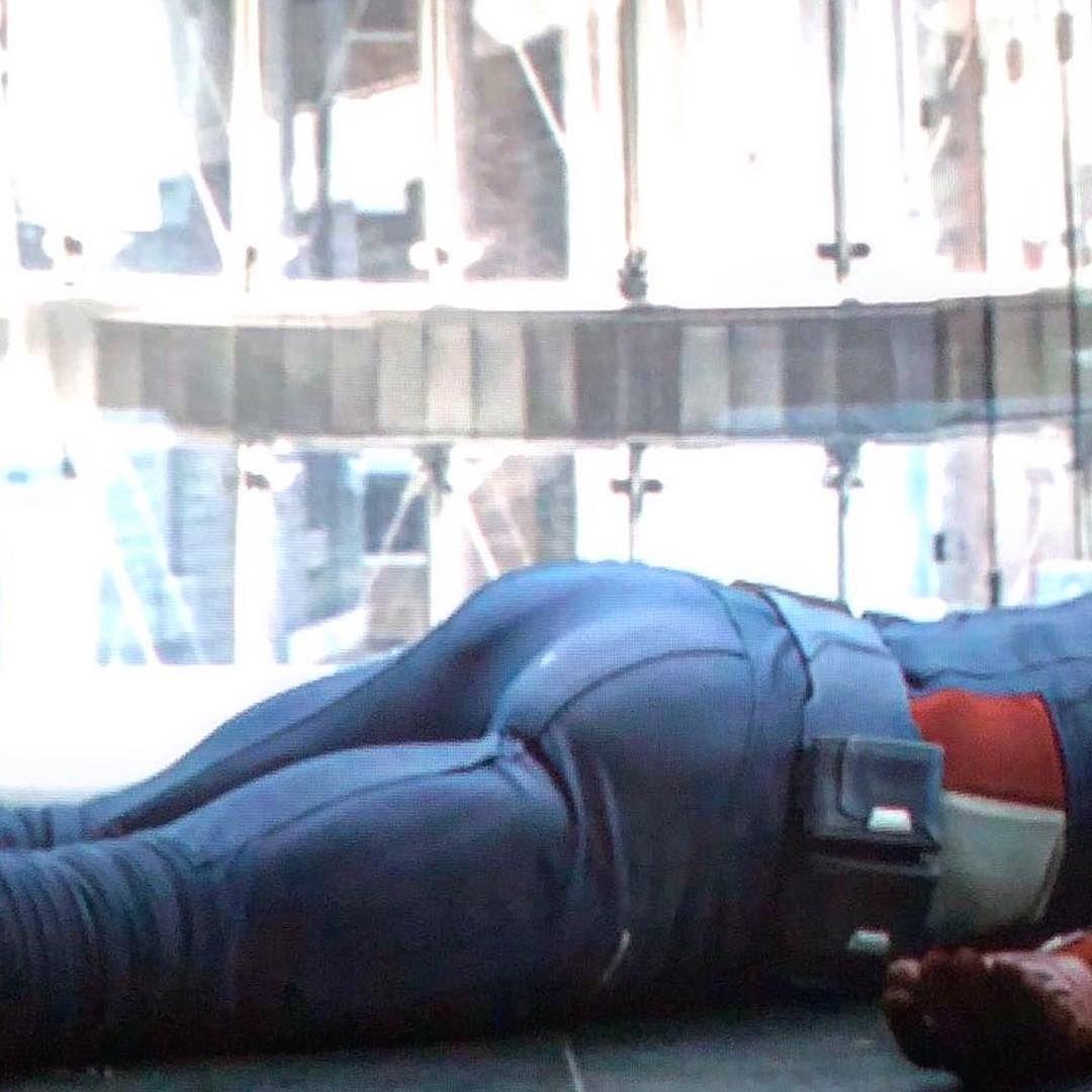 America's ass scene in avengers
