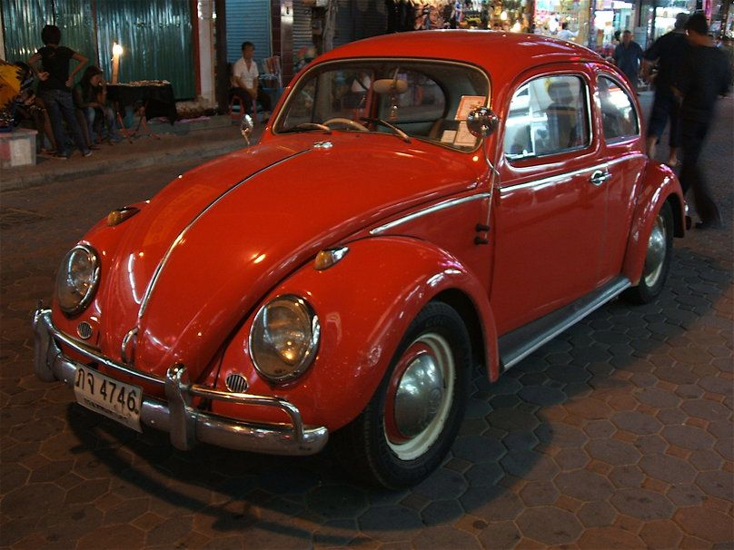 1071115__orange-vw-beetle_p.jpg 808×606 pixels