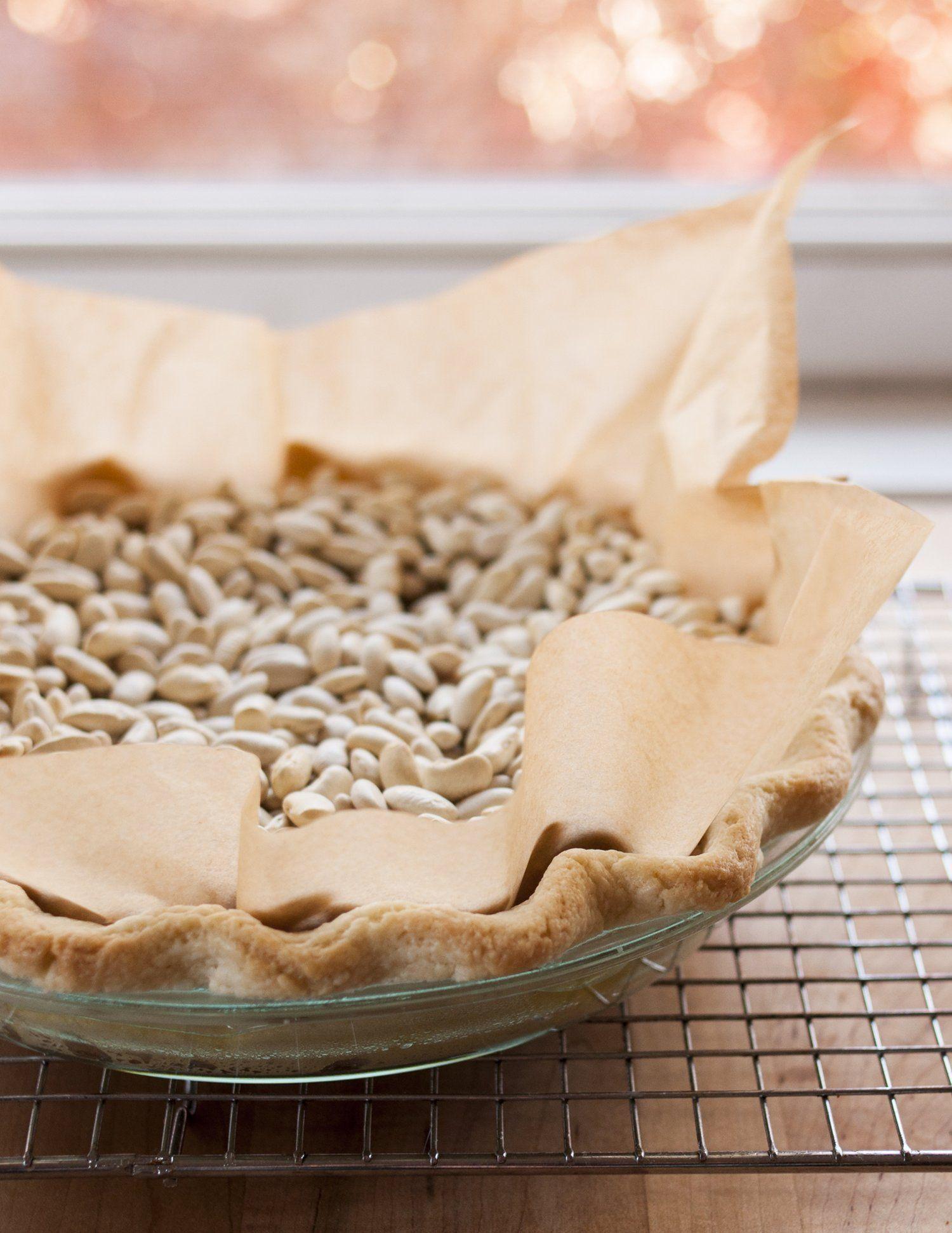 How To Blind Bake a Pie Crust | Recipe | Blind bake pie ...