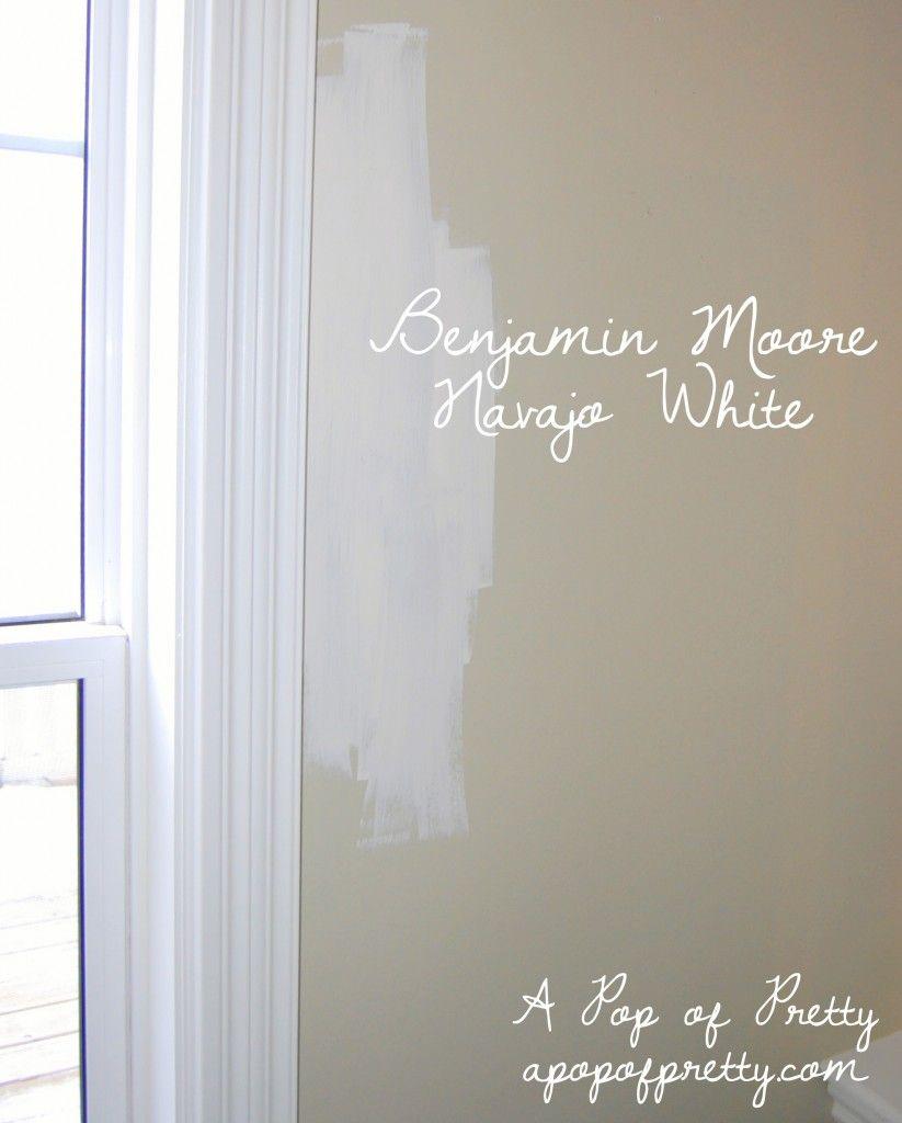Benjamin Moore: -Benjamin Moore's - Navajo White