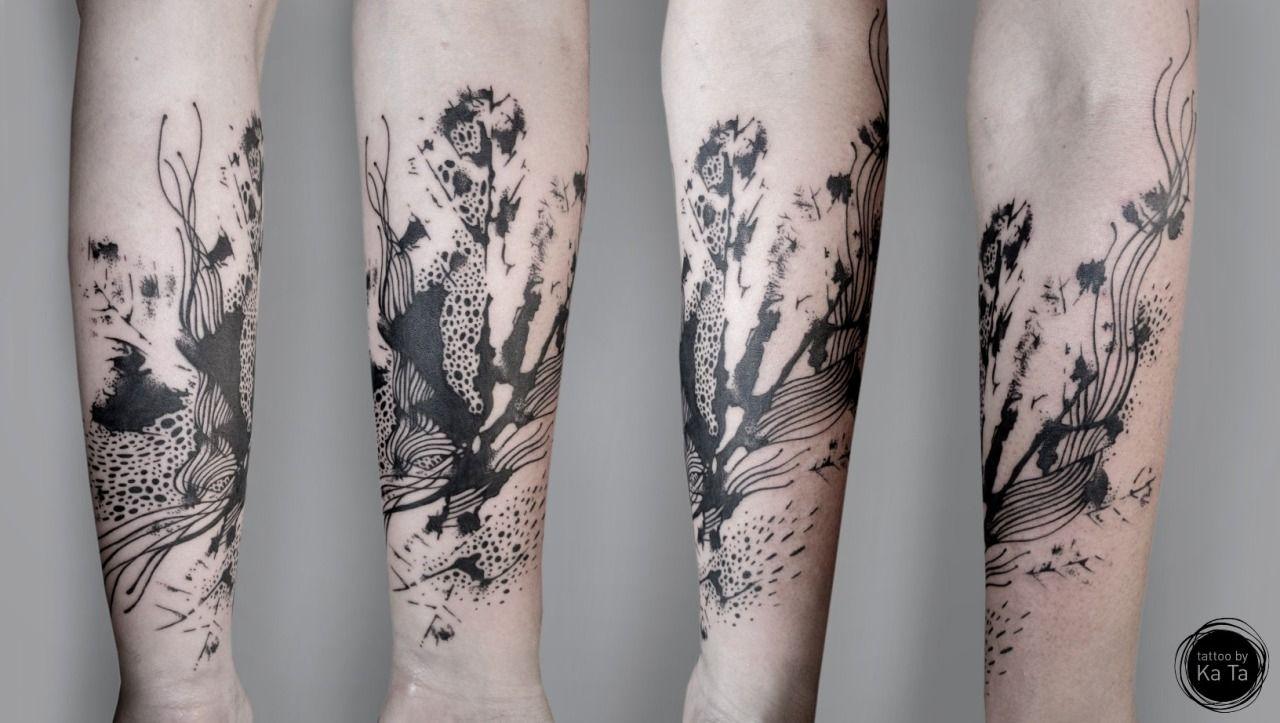Mistic World Tattoo Abstract Forearm Tattoo On Tattoochief Com Abstract Tattoo Designs Temporary Tattoo Designs Custom Temporary Tattoos