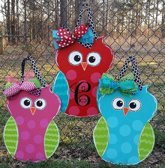 Door decoration owl with monogrammed initial, door hanger , summer door decoration