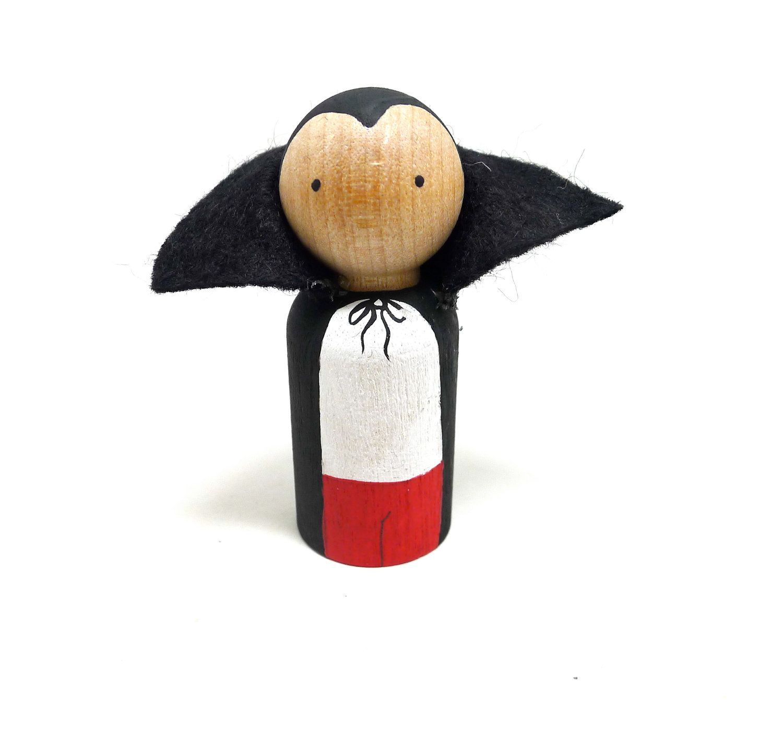 wooden peg doll vampire halloween pinterest epingle. Black Bedroom Furniture Sets. Home Design Ideas