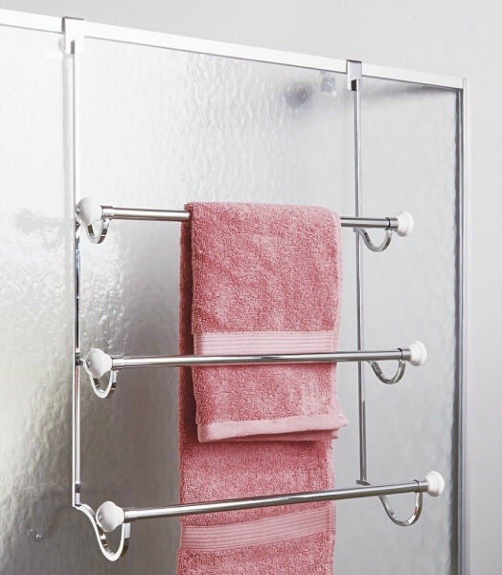 Ideas For Hanging Storing Towels In A Really Small Bathroom