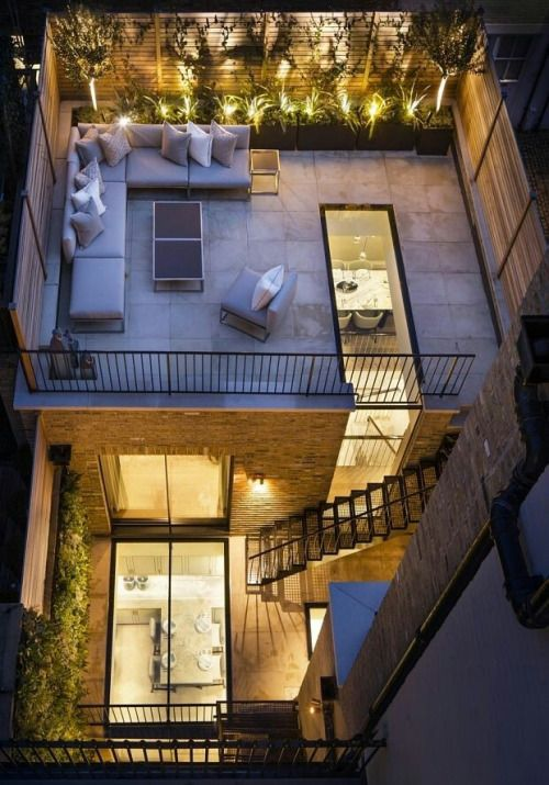 Wow Great Idea Roof Top Outdoor Living Looks Down Into The House