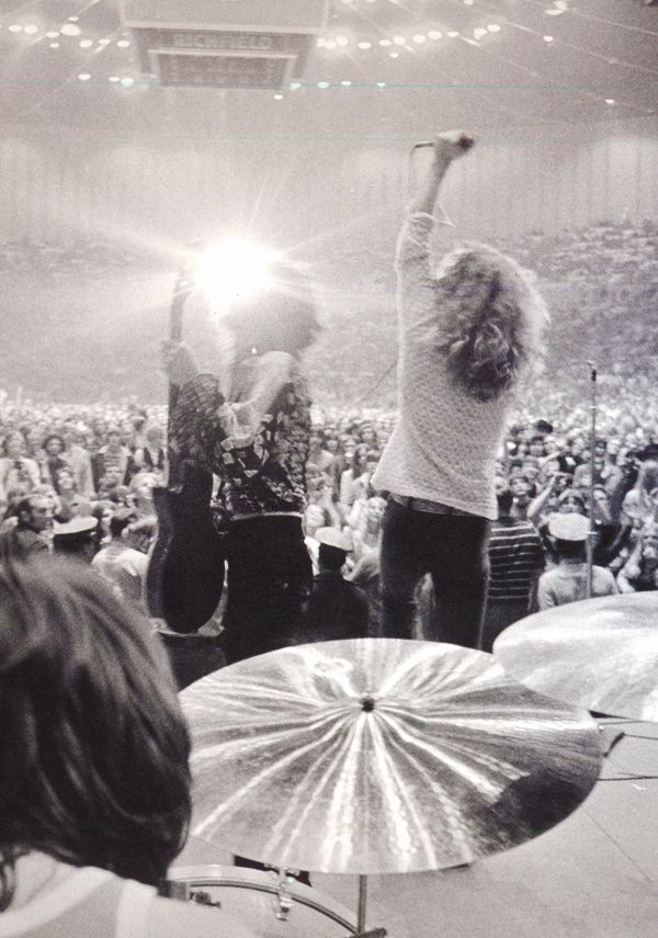 John Bonham, Jimmy Page and Robert Plant at the Forum, 1970. #ledzeppelin