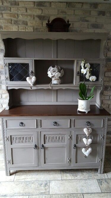 Welsh Dresser painted in Annie Sloan French Linen | Cocina ...