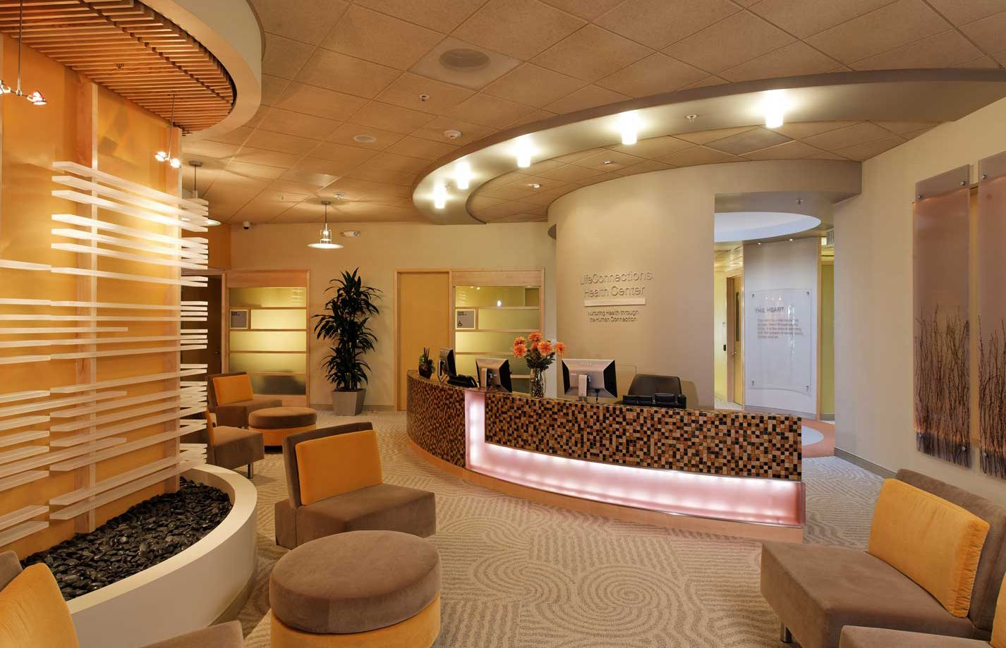 Reception and lobby waiting at the cisco systems employee for Office design wellbeing