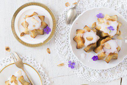 Mini Almond Yogurt Cakes Recipe 3