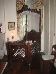 1850's Rosewood Baby's bed by New Orleans cabinetmaker ...