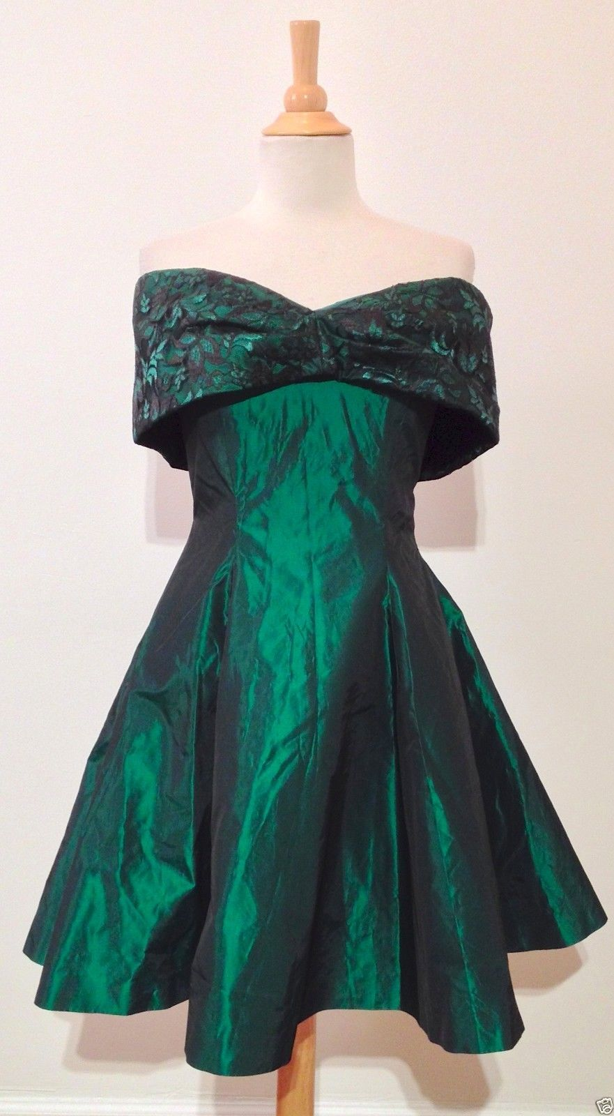 Vintage 80s Green Off Shoulder Black Lace Taffeta Cocktail Prom ...