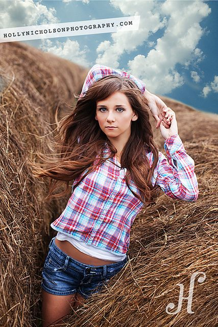 Farm girl senior portrait