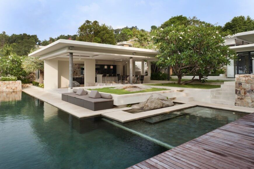 Breezy And Sprawling Tropical Island Villa With Infinity Pool Swimming Pool House Pool House Pool Houses