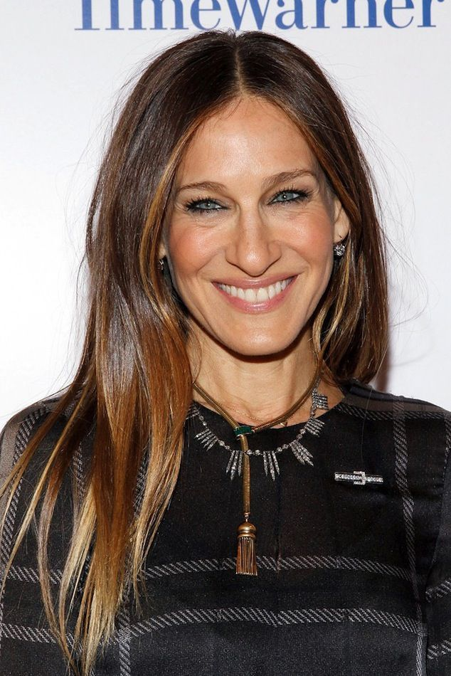 Photos via: Zimbio Obsessed with Sarah Jessica Parker's glossy hair. Looks great with the subtle ombre! Get the look: + Sachajuan Shine Serum + Oribe Aprés Beach Wave and Shine Spray + Alterna Bamboo