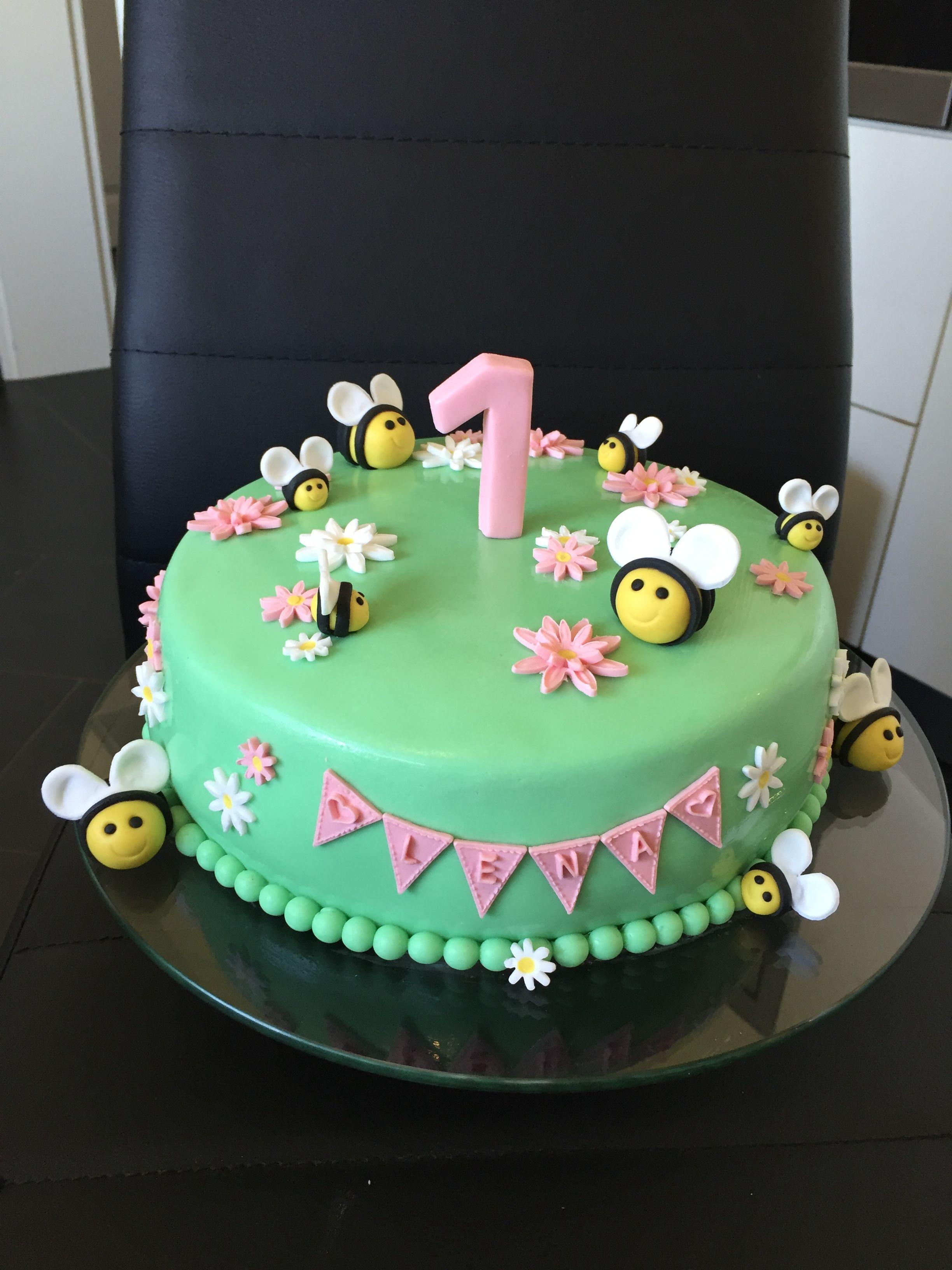 Torte 1 Jahr Geburtstag Kuchen Madchen Kuchen Kindergeburtstag 1 Jahr Torte Kindergeburtstag 1 Jahr
