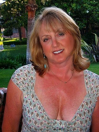 Dating sites for over 50 year olds-5162