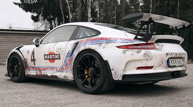 This Guy Wrapped His 175k Porsche Gt3 Rs To Look Like A Barn Find Porsche 911 Gt3 Porsche Porsche 911
