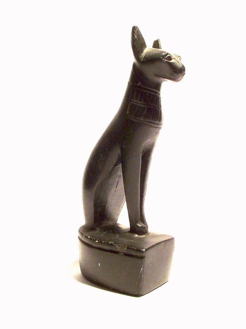 Statue of the goddess Bastet