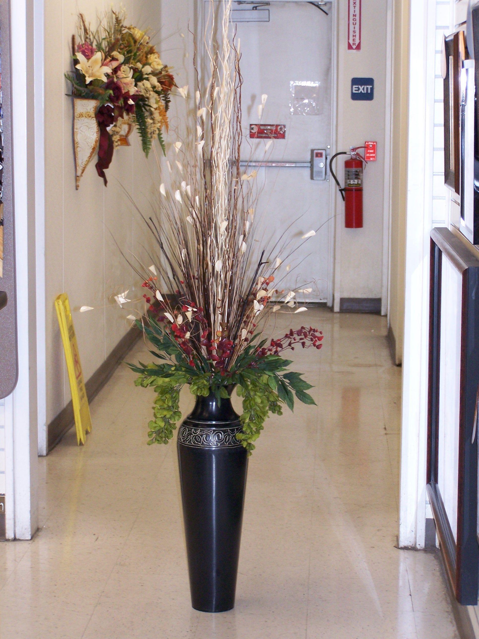 19 Awe Inspiring Ceramic Vases Head Ideas Flower Vase Arrangements Tall Vase Decor Vases Decor