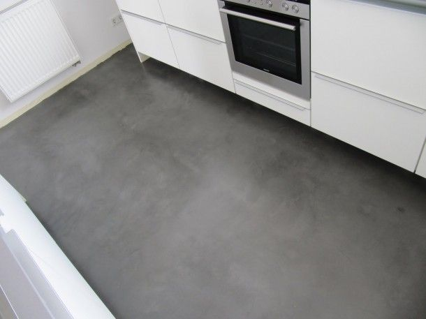 Keuken met betonlook vloer industrieel interieur industrial