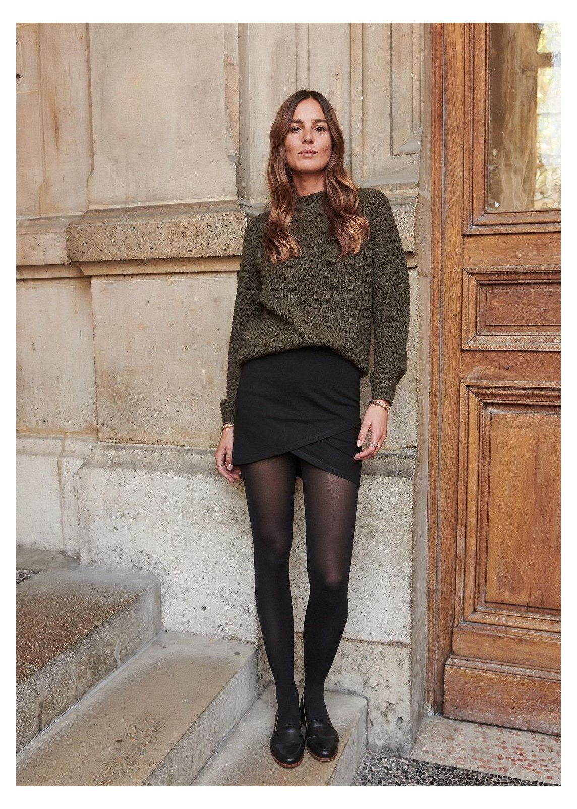 black loafers outfit skirt