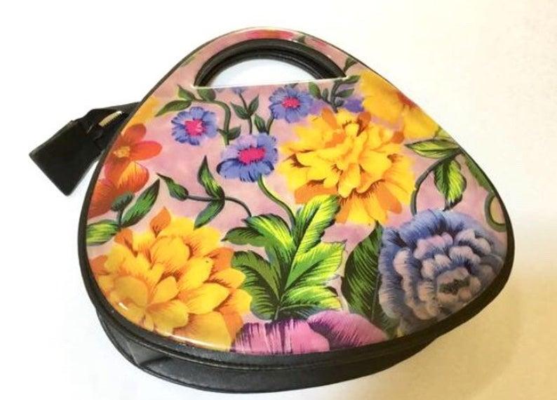 1980s Vinyl Floral Purse Designed By Frascone Vintage Handbag Etsy Floralpursedesigner Vintage Handbags Floral Purse Purses