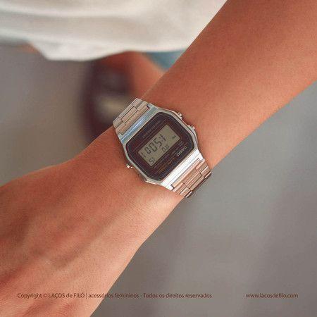 8a529496482 Relógio Casio Vintage Tradicional Fino Grande Preto Prateado - LAÇOS de  FILÓ