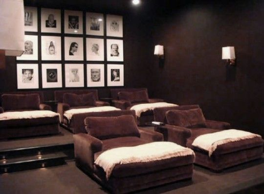 Attirant Cool Movie Room Ideas In House.cinema Theatre Movie Themed Decor (wall Art,  Film Themed Accessories, Furniture, Etc) Tips For Your Home.