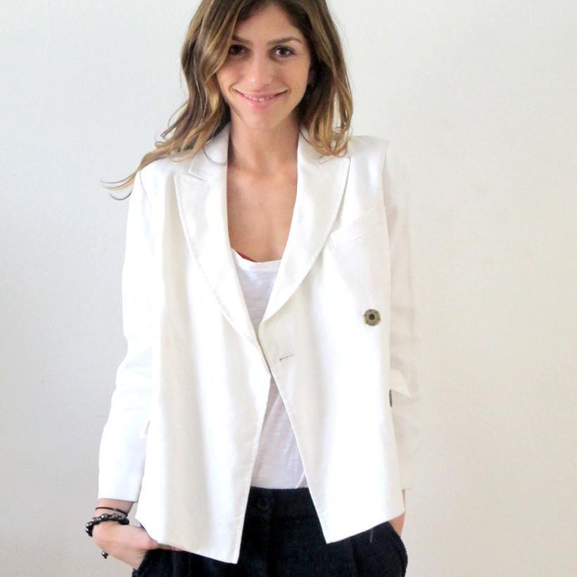 Diane Von Furstenberg  White linen/viscose suit jacket.- Dry Clean Only    Size: 6  Condition: Great