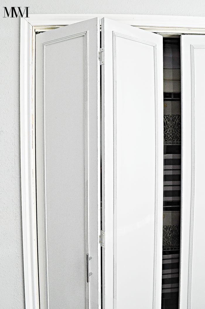 How To Update 1970 S Bi Fold Closet Doors Monica Wants It Closet Door Makeover Folding Closet Doors Bifold Closet Doors